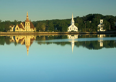 25 Mahone Bay